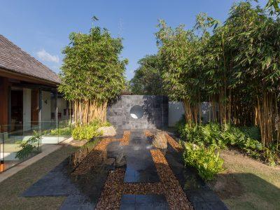 bedroom5-graden-view-fountain-gallery4